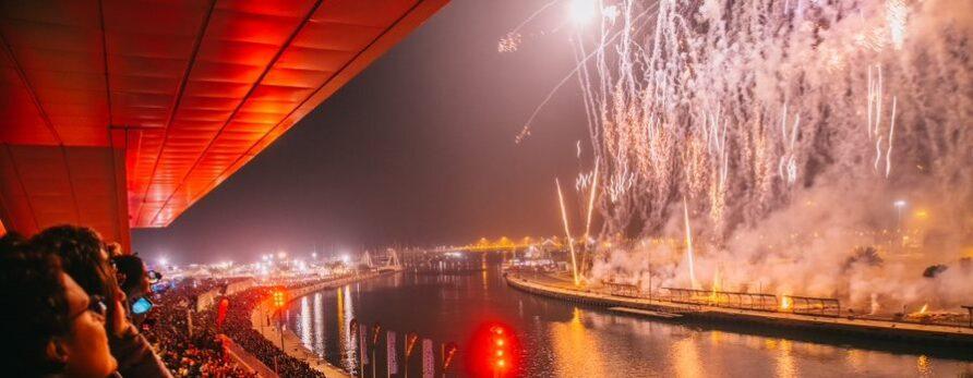 Discema y Amstel, 'on fire' en Fallas